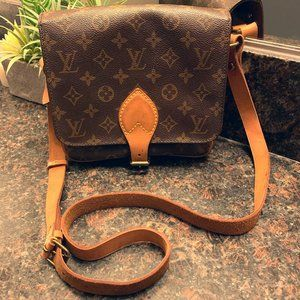 Auth Louis Vuitton Cartouchiere MM Crossbody Bag